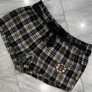 Other - Bruins women's PJ shorts size S